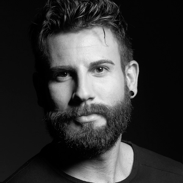 AARÓN BLANCO - DIRECTOR Y GERENTE