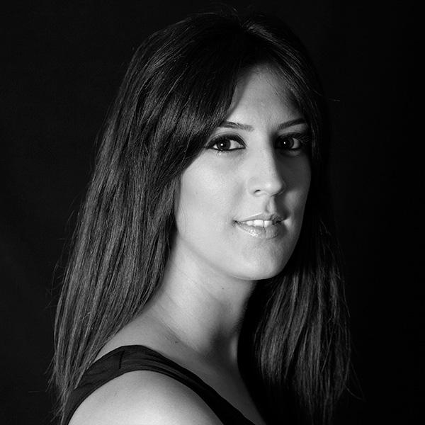 LUCÍA GONZÁLEZ - EDUCACIÓN & SERVICIOS PROFESIONALES